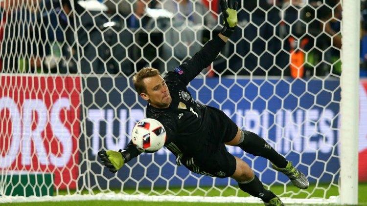 Manuel Neuer goalkeeper- Euro Live Stream